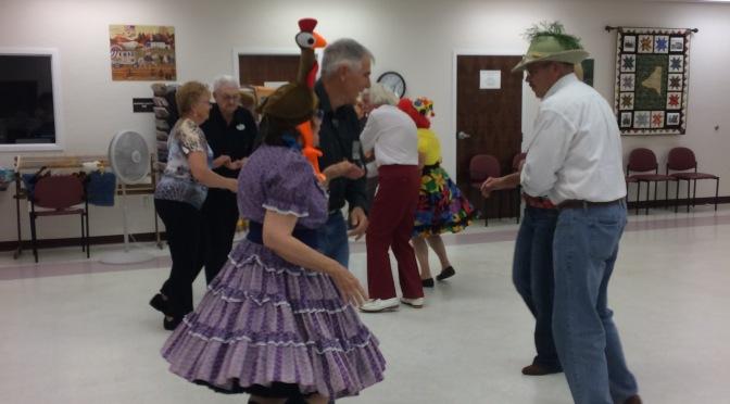 Sombrero/Crazy Hat Dangle Dance